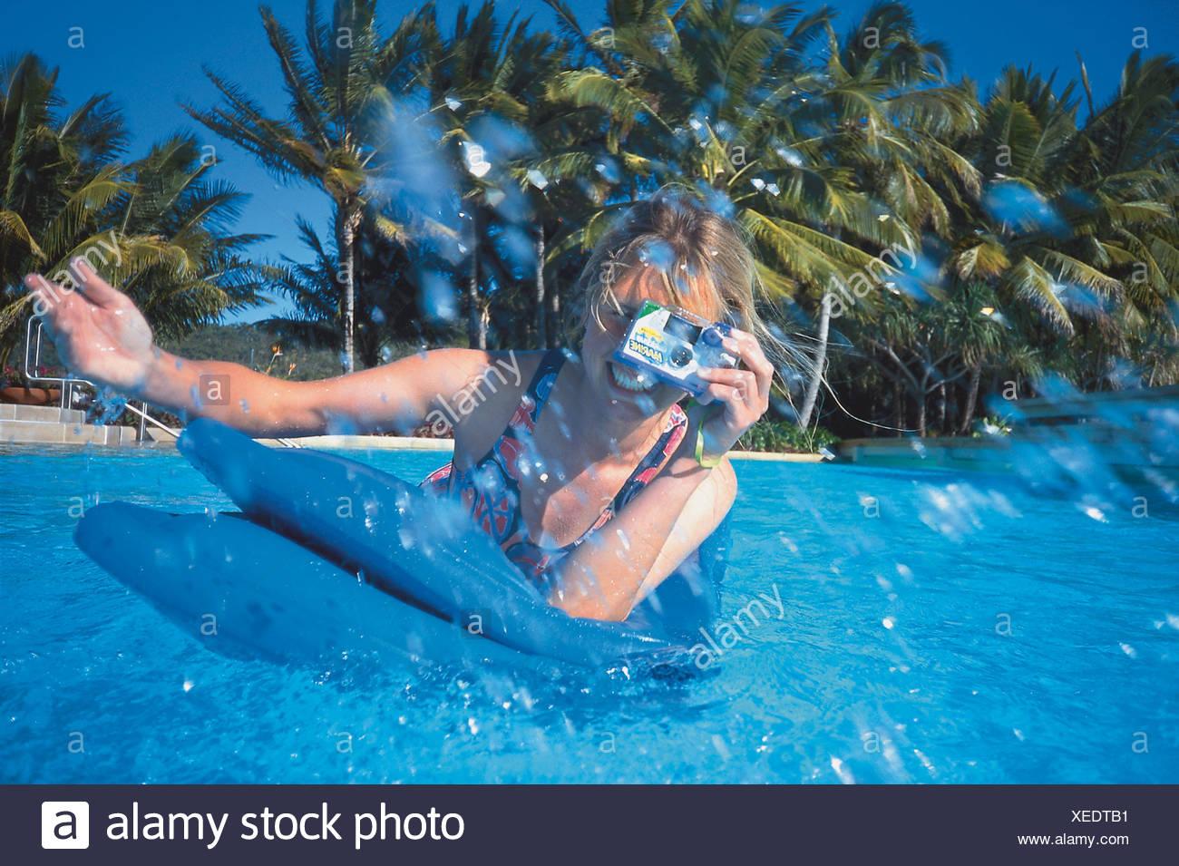 Fotografieren im Wasser, Swimmingpool, Hayman Island Queensland, Australien - Stock Image
