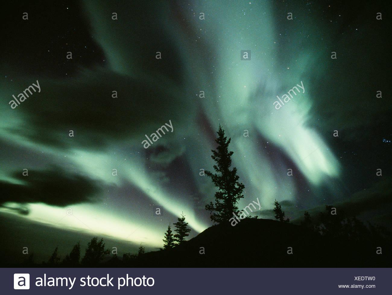 Aurora borealis, Mackenzie Mountains, Northwest Territories, Canada - Stock Image
