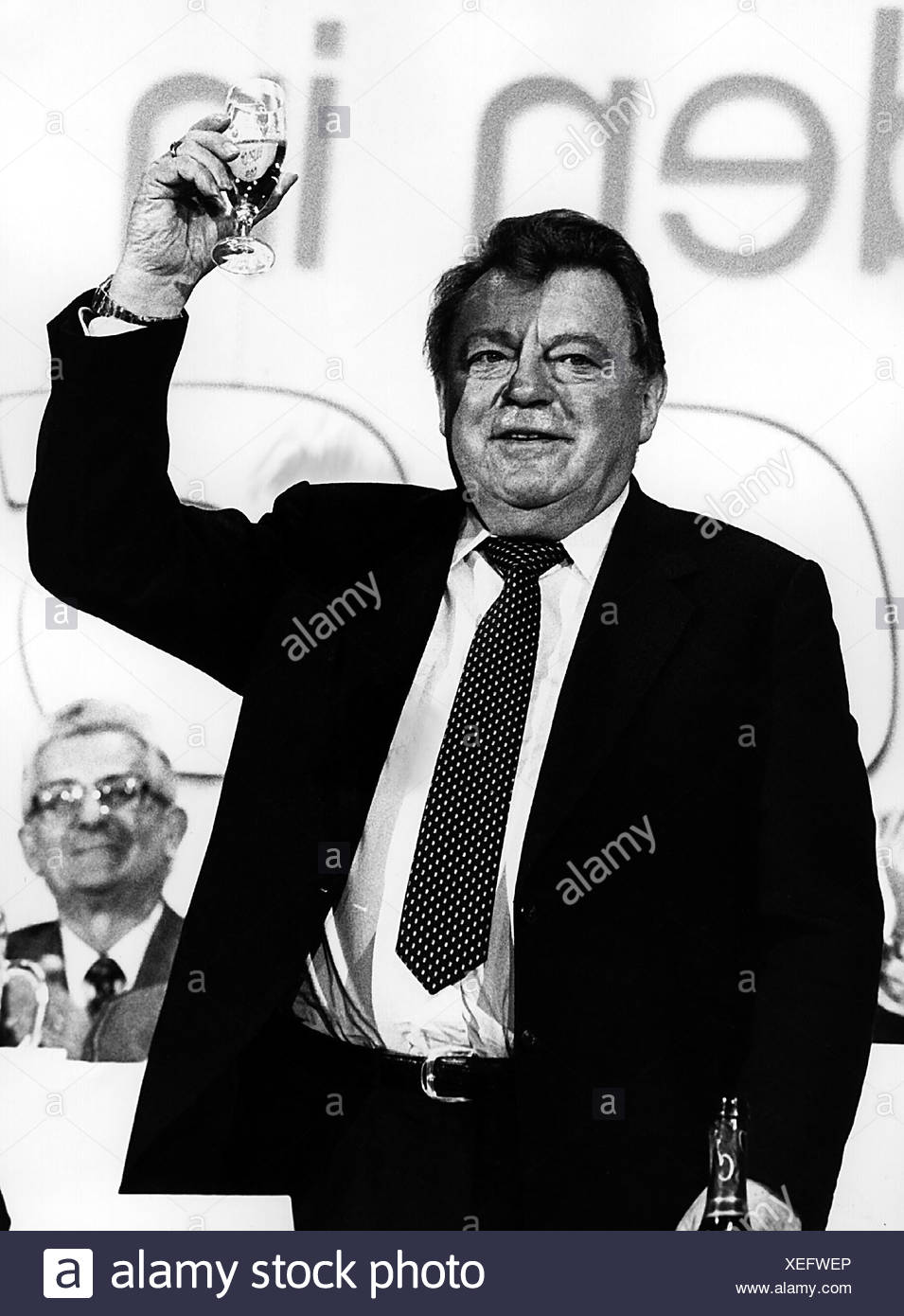 Strauss, Franz Josef, 6.9.1915 - 3.10.1988, German politician (CSU), half length, during a party meeting at the Nibelungenhalle, Passau, Bavaria, Germany, 20.2.1985, Additional-Rights-Clearances-NA - Stock Image