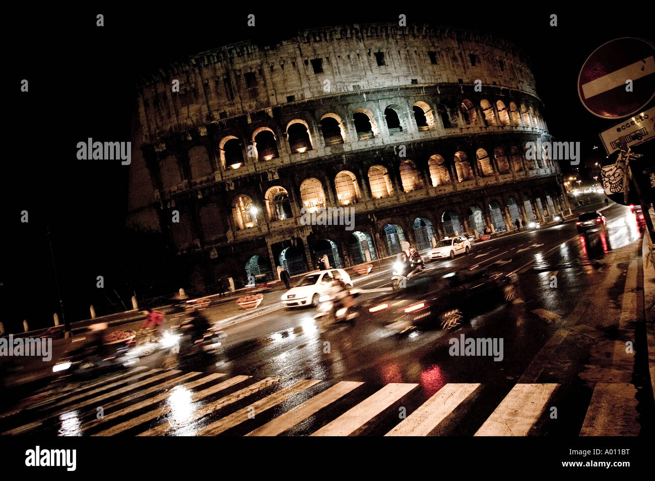 the-roman-colosseum-by-night-from-a-busy