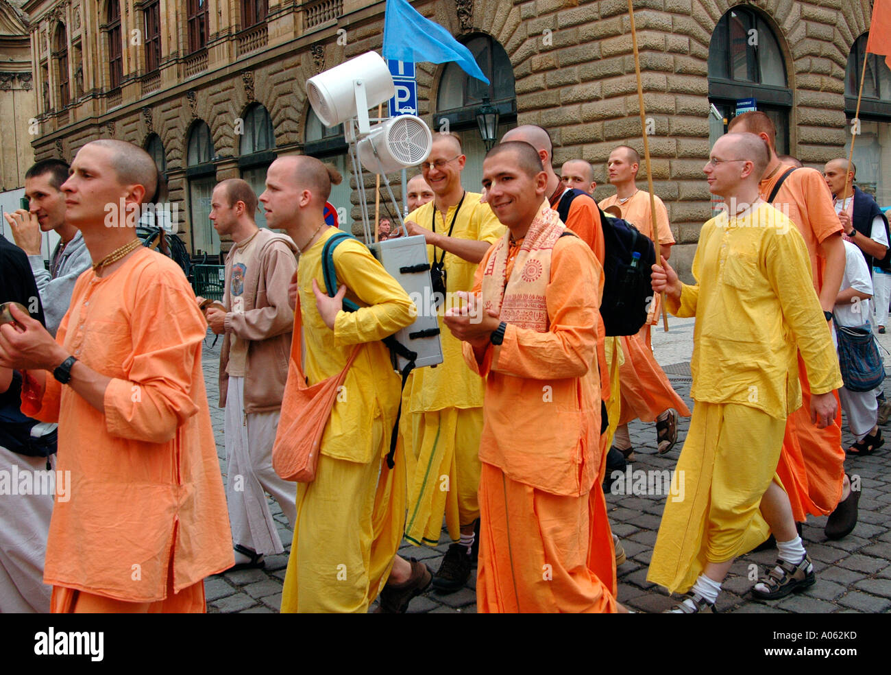 street-chanting-of-hare-krishna-by-harinamas-in-prague-czech-A062KD.jpg