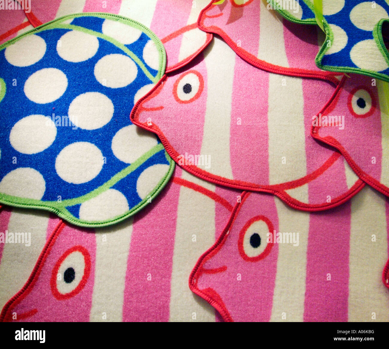 Bath Bathroom Rug Fish Style Round Eye Mouth Red Blue Pink Texture Pile  Modern Carpet Fabric