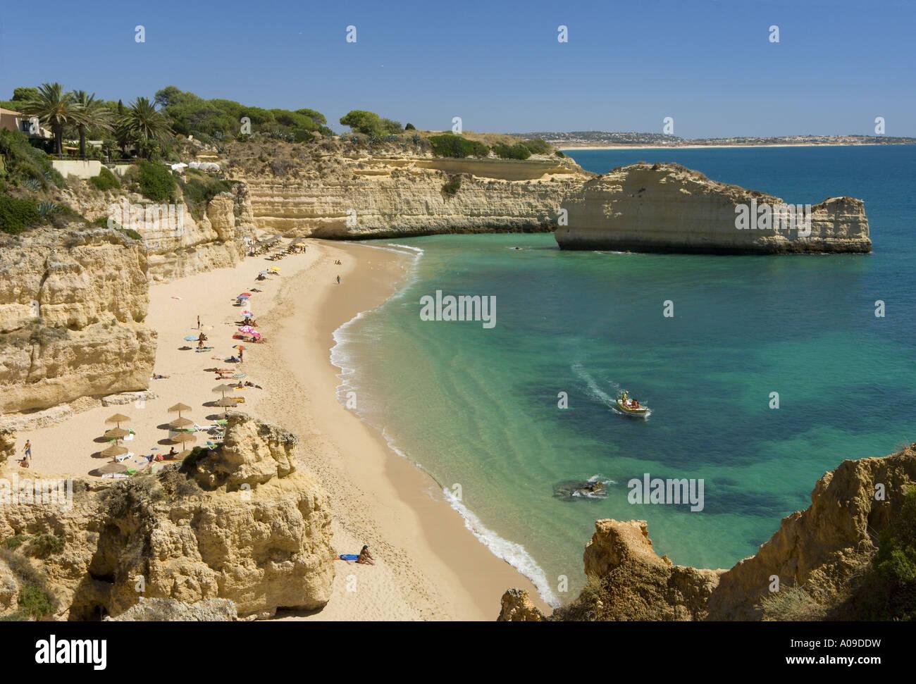 Praia das Gaivotas, Armacao de Pera, Algarve Portugal ...