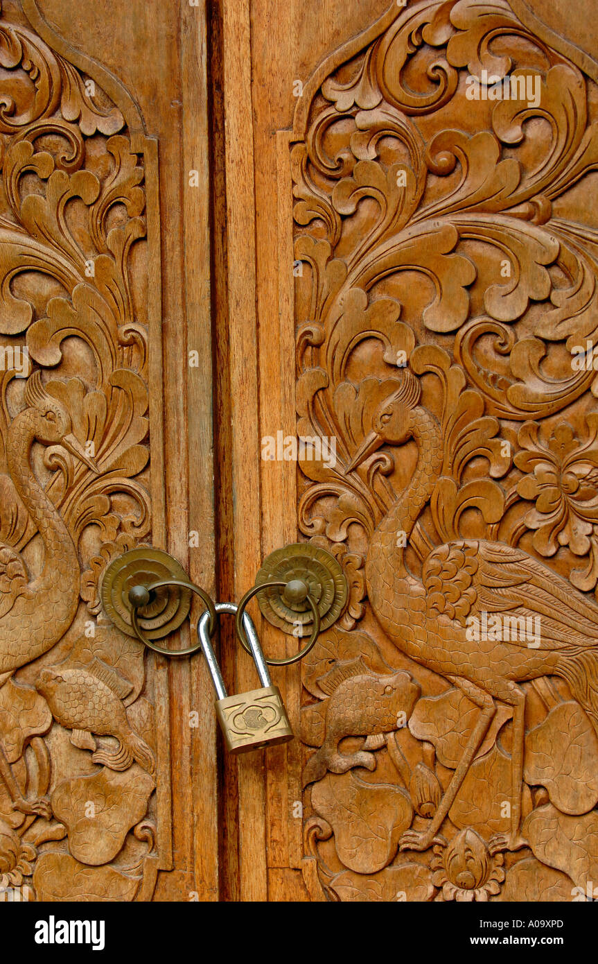 Decorative Balinese Wooden Carved Doors Stock Photo Royalty Free & Collection Wooden Carved Doors Pictures - Losro.com