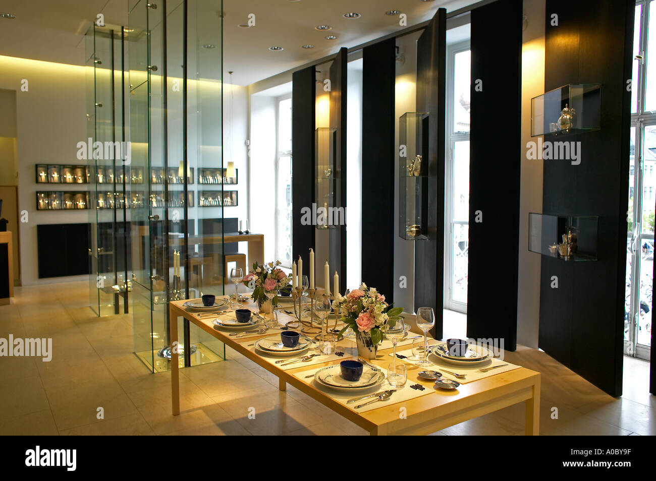 Interior of georg jensen design shop copenhagen for Interior design agency copenhagen