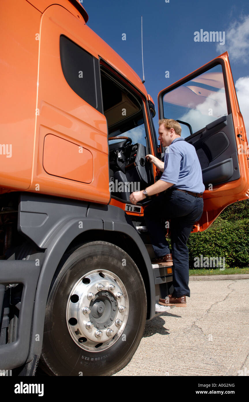 how to drive a lorry