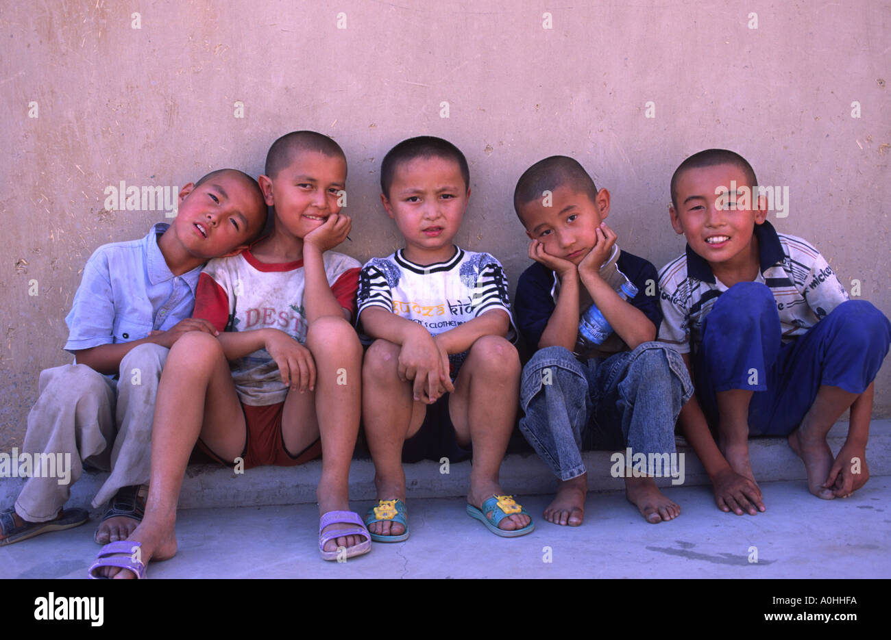 Uyghur Boys Turpan Xinjiang Province China Stock Photo Royalty  # Bois En Chaene