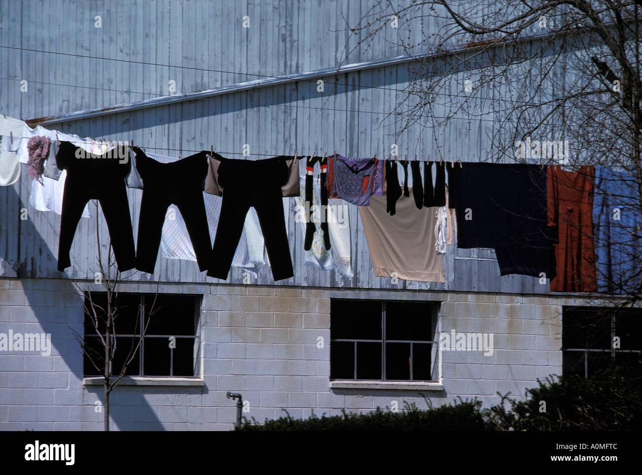 Amish wash line monday laundry barn lancaster pa pennsylvania amish wash line monday laundry barn lancaster pa pennsylvania biocorpaavc Images