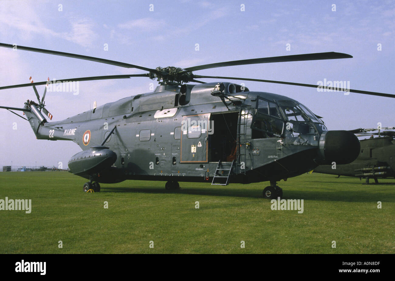 helicopter aircraft with Stock Photo Aerospatiale Sa321 Super Frelon Helicopter French Navy Middle Wallop 1857758 on 687 besides 254 besides Mil Mi 26 06 likewise Elizabeth Tower as well Fsx Cefamet Eurocopter Ec135.