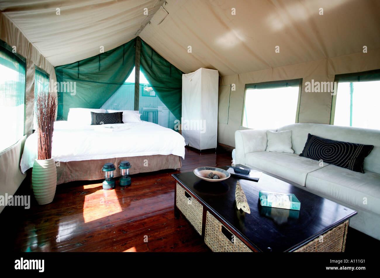 Luxury tent in Gunya Titjikala safari resort near Alice Springs Red Centre Central Australia & Luxury tent in Gunya Titjikala safari resort near Alice Springs ...