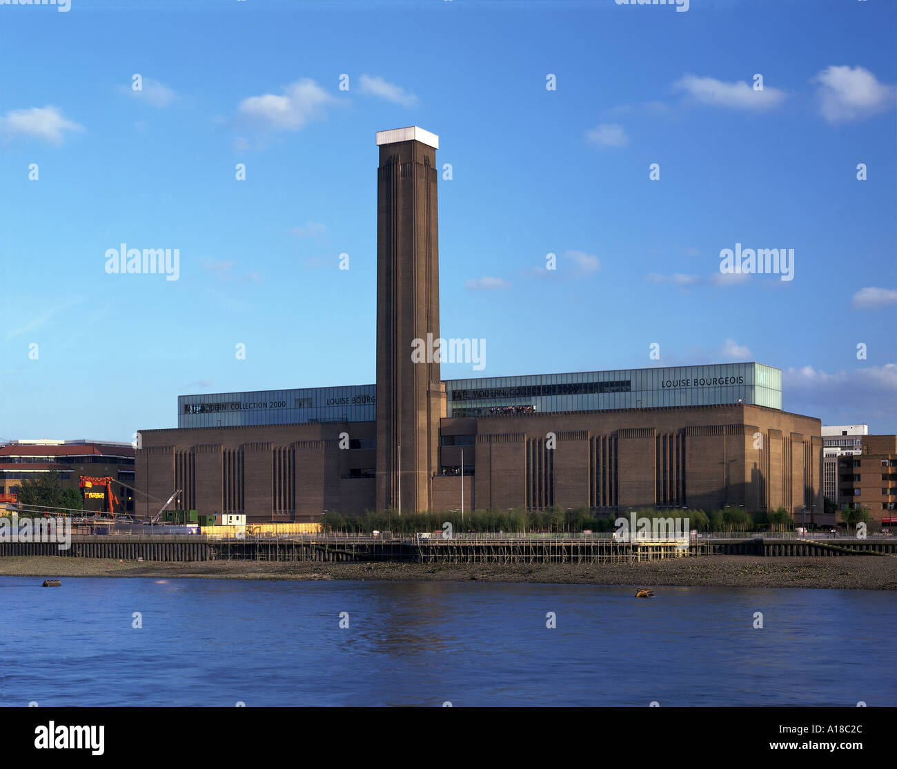 tate modern bankside view from bank of the thames architect stock photo royalty free