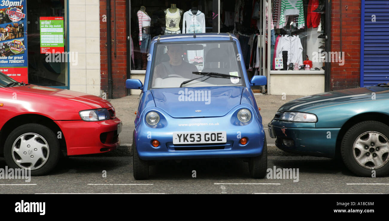 G Wiz Electric Car Parked In A Tiny Space Stock Photo Royalty