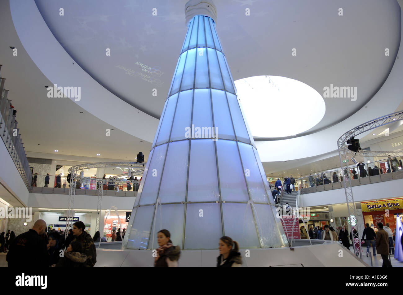 modern christmas tree decoration arndale centre shopping mall ...