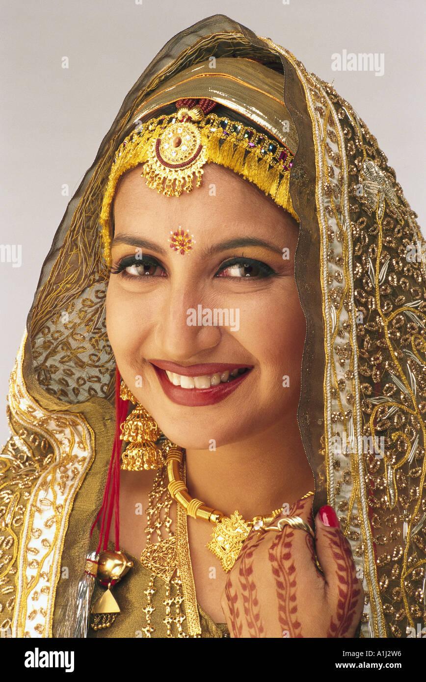 Kashmiri Model South Asian Indian Kas...