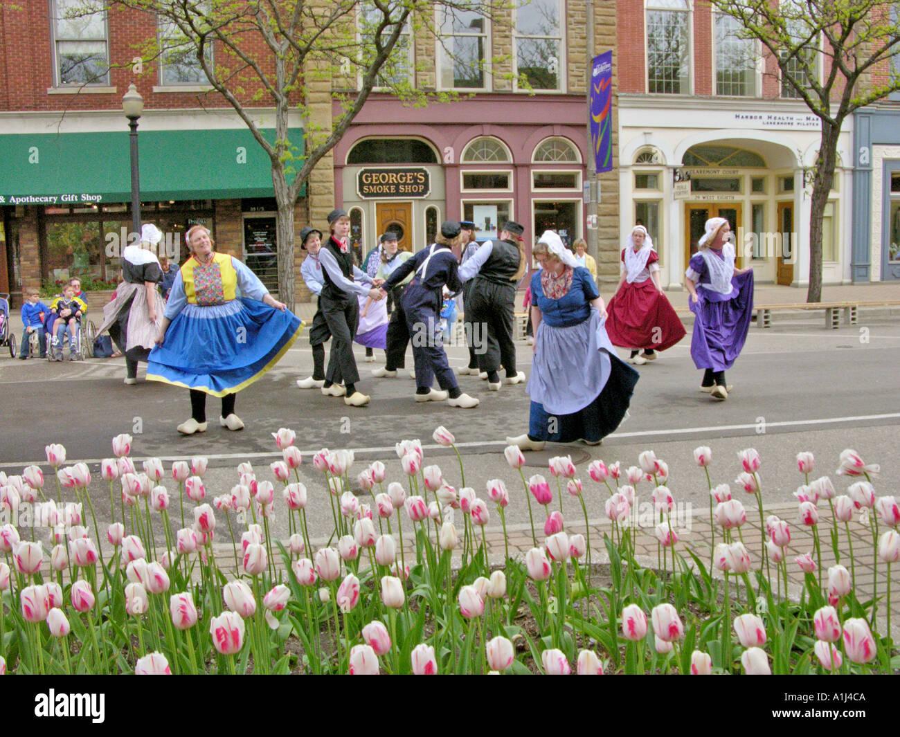 Holland Michigan Tulip Festival Klompen Dancers In The Streets Of - Holland tulip festival