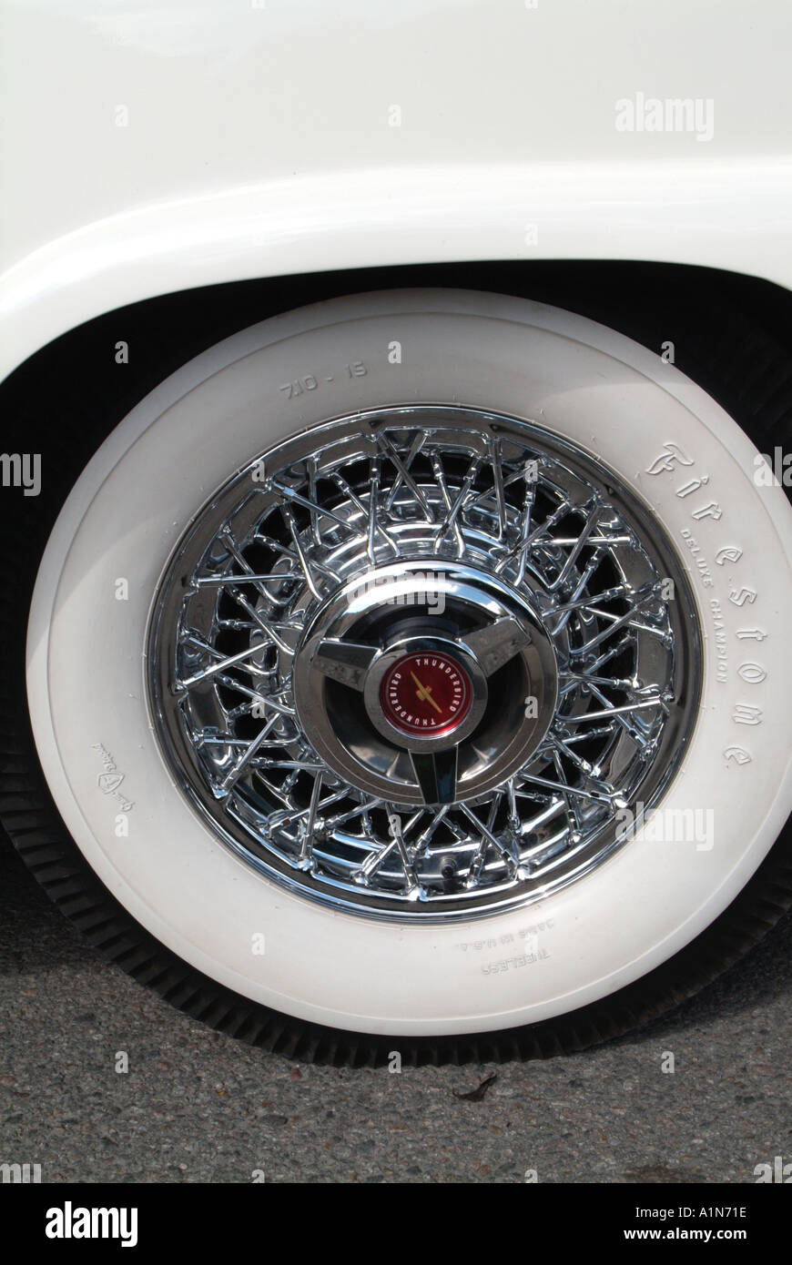 chrome wheel white wall tyre ford car classic chrome fin ford motor company fomoco v8
