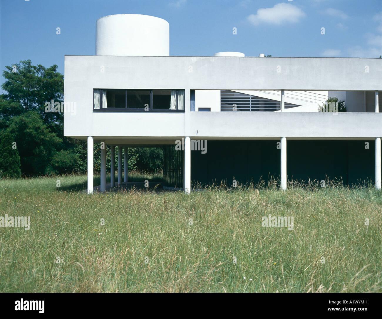 Villa Savoye, Poissy, France. Exterior. 1928. Architect: Le ...
