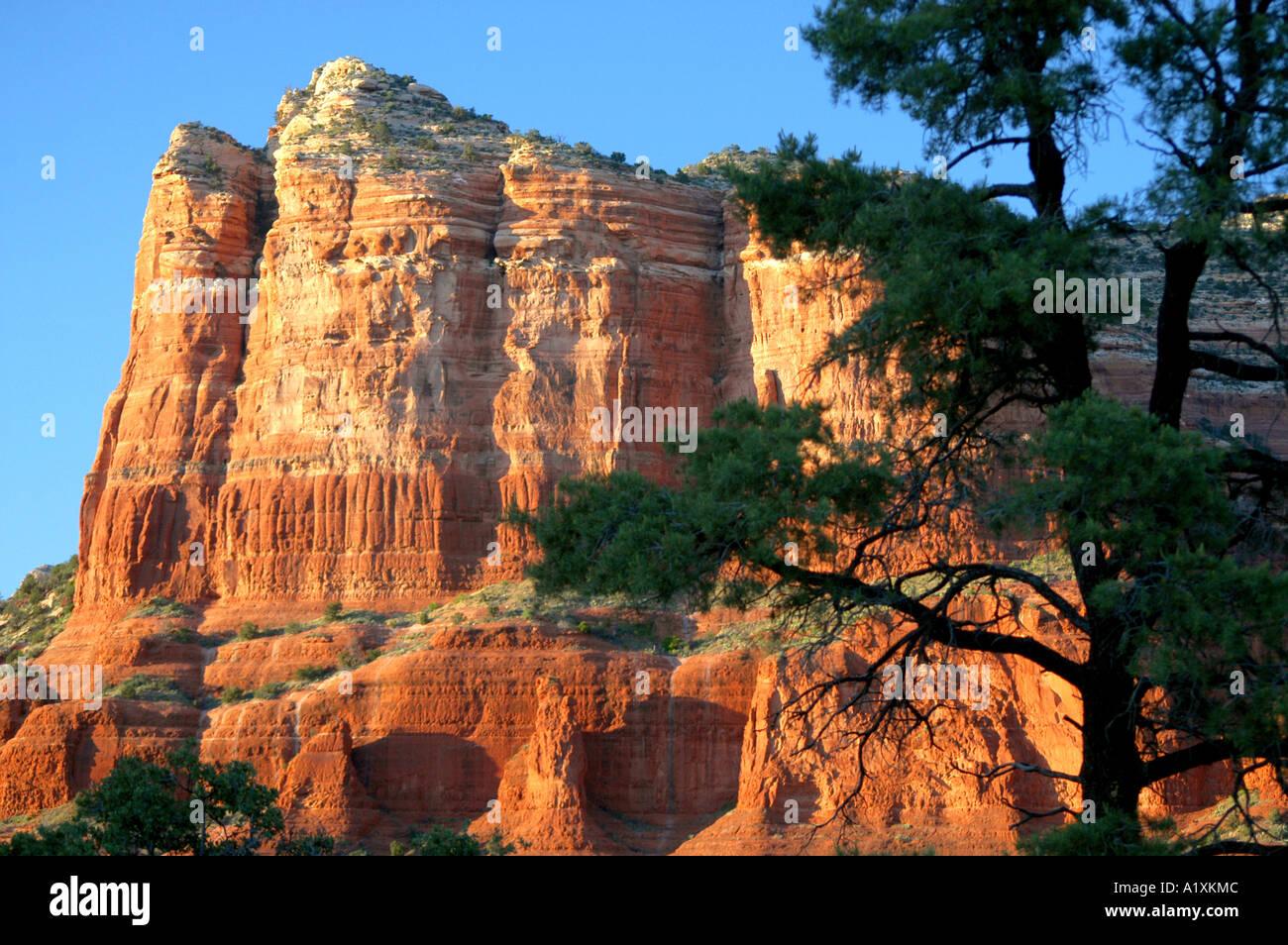 Red rock country at Sedona in the Arizona high desert USA ...