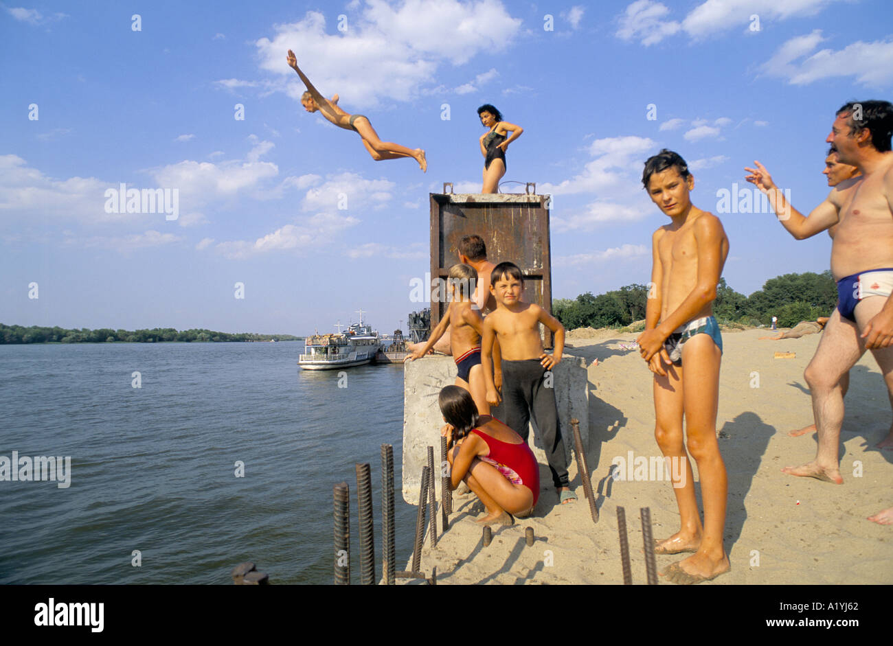 THE VOLGA RIVER RUSSIA MIDDLE CLASS RUSSIANS BATH ON BANKS OF - The volga river