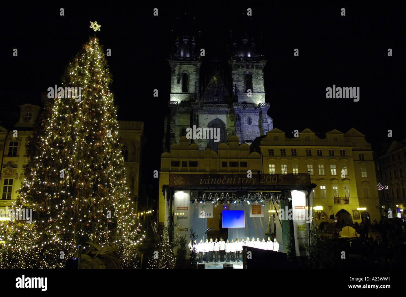christmas tree lights night dark black darkness horizontal praha