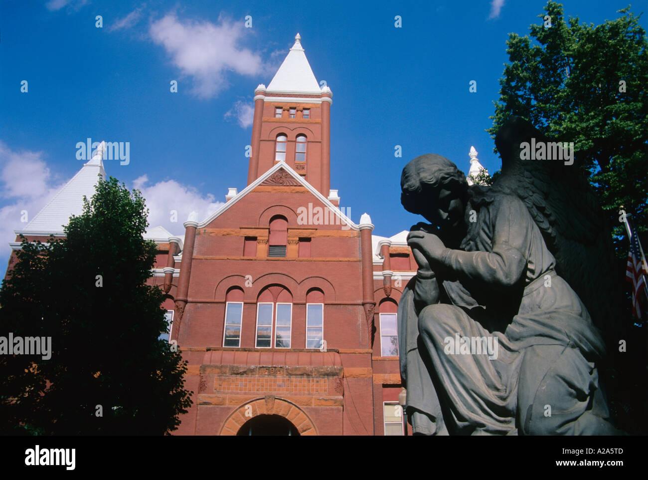 Nebraska hamilton county - Hamilton County Courthouse In Aurora Nebraska