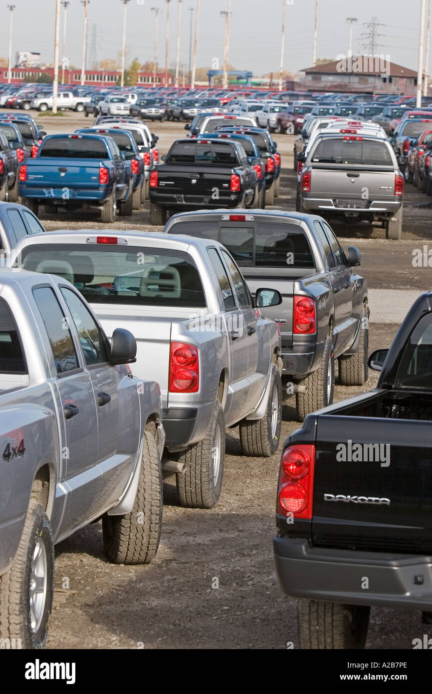 Unsold Cars and Trucks Stock Photo: 5981357 - Alamy
