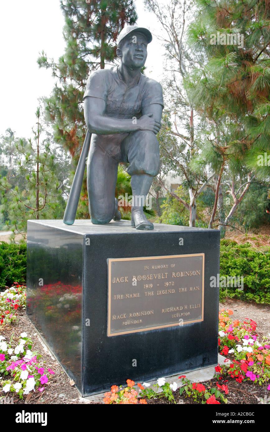 Jackie Robinson Statue Jackie Robinson Stadium UCLA Los Angeles ...