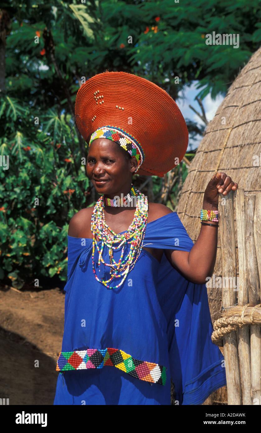 Zulu traditional dress in zulu kraal kwazulu natal - Zulu Married Woman Wearing A Traditional Hat Kwazulu Natal South Africa Stock Image