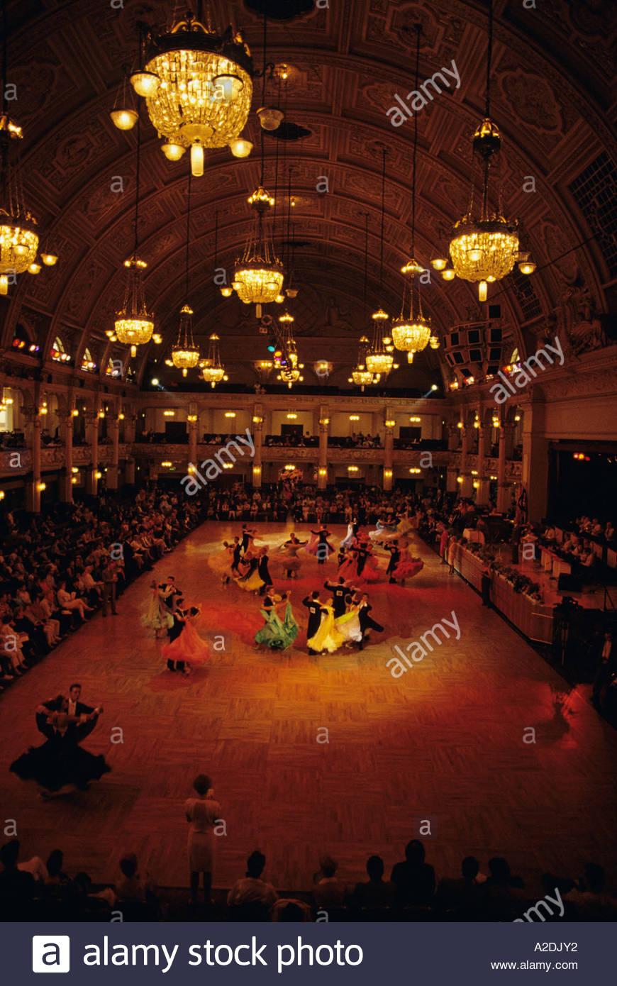 waltz competition ballroom dancing winter gardens blackpool