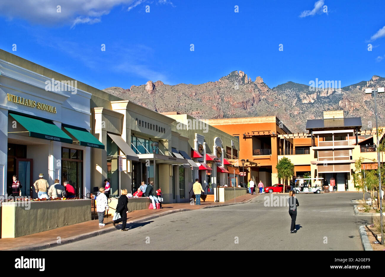 Shopping in Tucson, Arizona offers traditional malls, plazas & shopping centers. View listings, photos & maps.