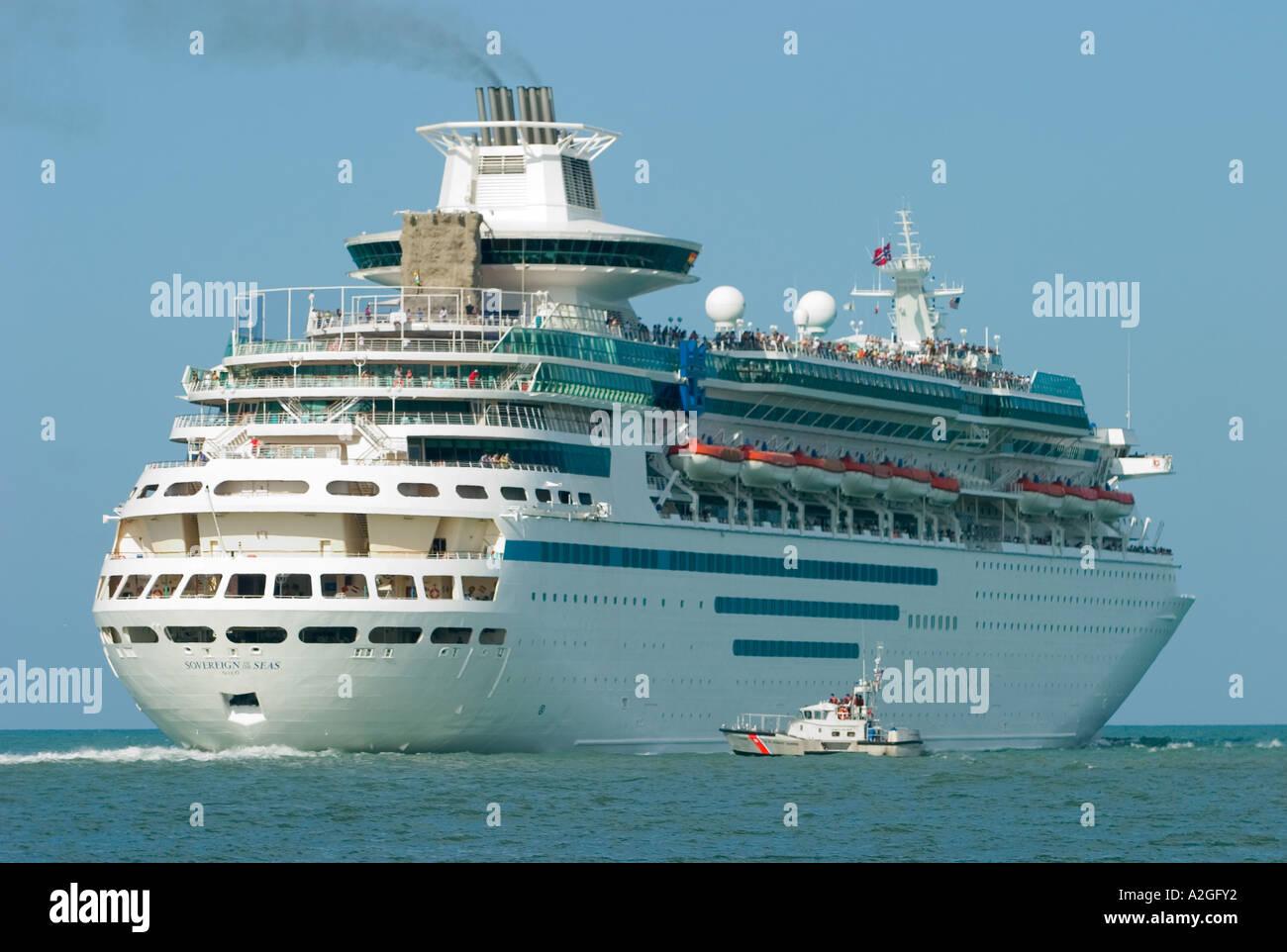 Coastgurard Guarding Cruise Ship Sovereign Of The Seas While - Sovereign cruise ship