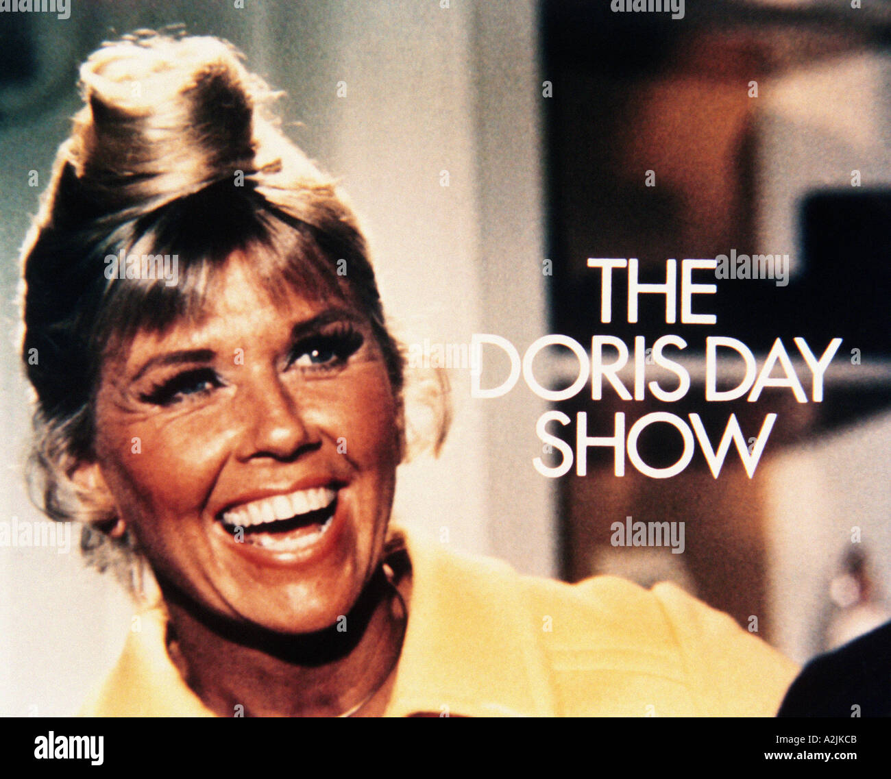 New york usa 11th nov 2015 telephone bidders stand in front of the - Title Screen Of Doris Day S Us Tv Show Which Ran From 1968 To 1972