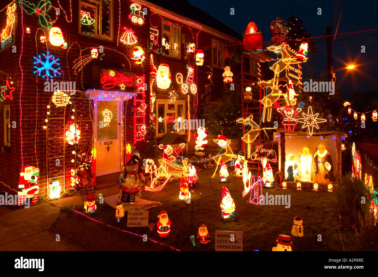 England christmas decorations on outside of house and for Home christmas decorations uk