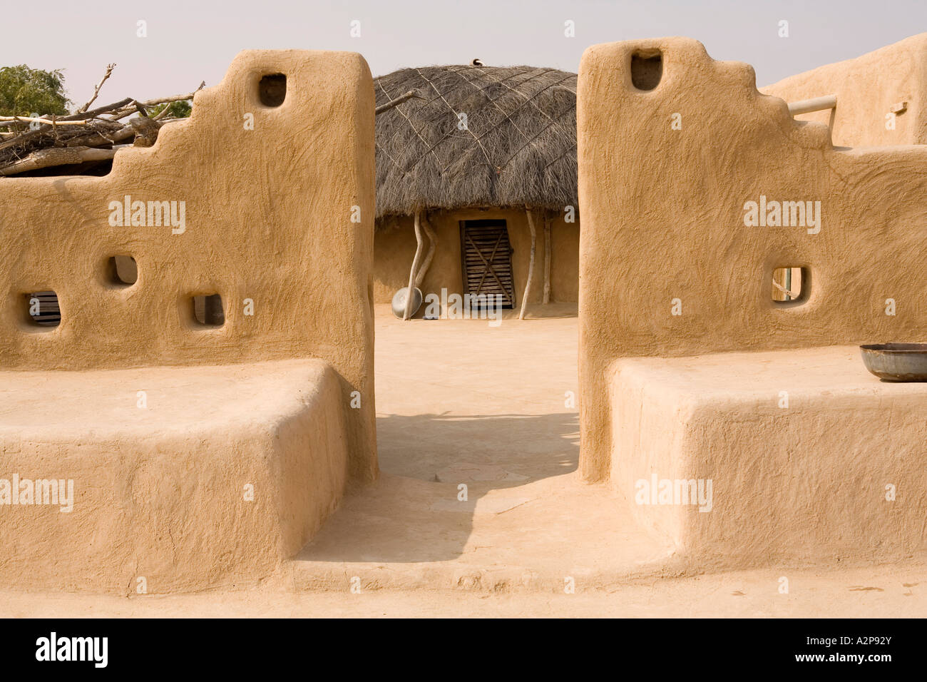 India rajasthan thar desert village architecture decorated for Mud house design