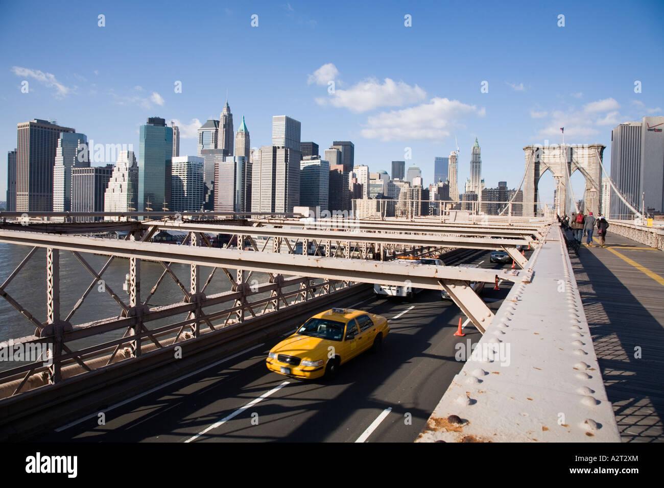 Brooklyn bridge car lanes and manhattan skyline new york for Motor vehicle in brooklyn