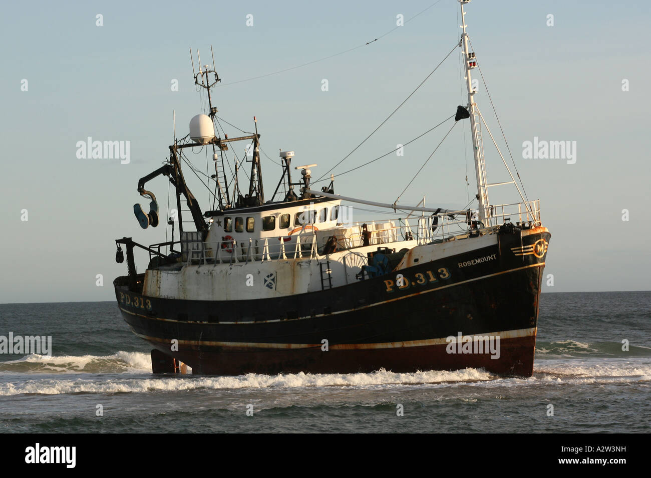 Fishing trawler 39 rosemount 39 which ran aground on the beach for Head boat fishing near me