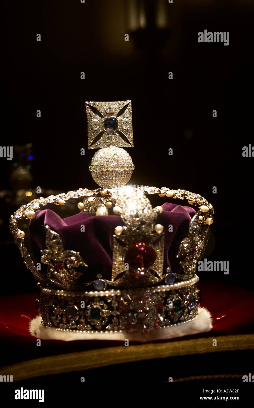 Imperial State Crown on display among Crown Jewels in Tower of ...