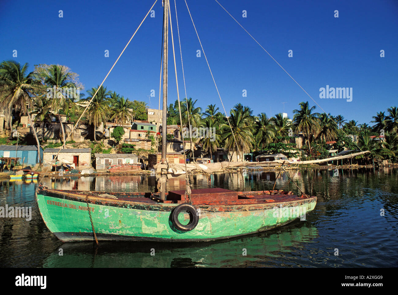 Caribbean dominican republic colorful fishing boat on the for Fishing in la