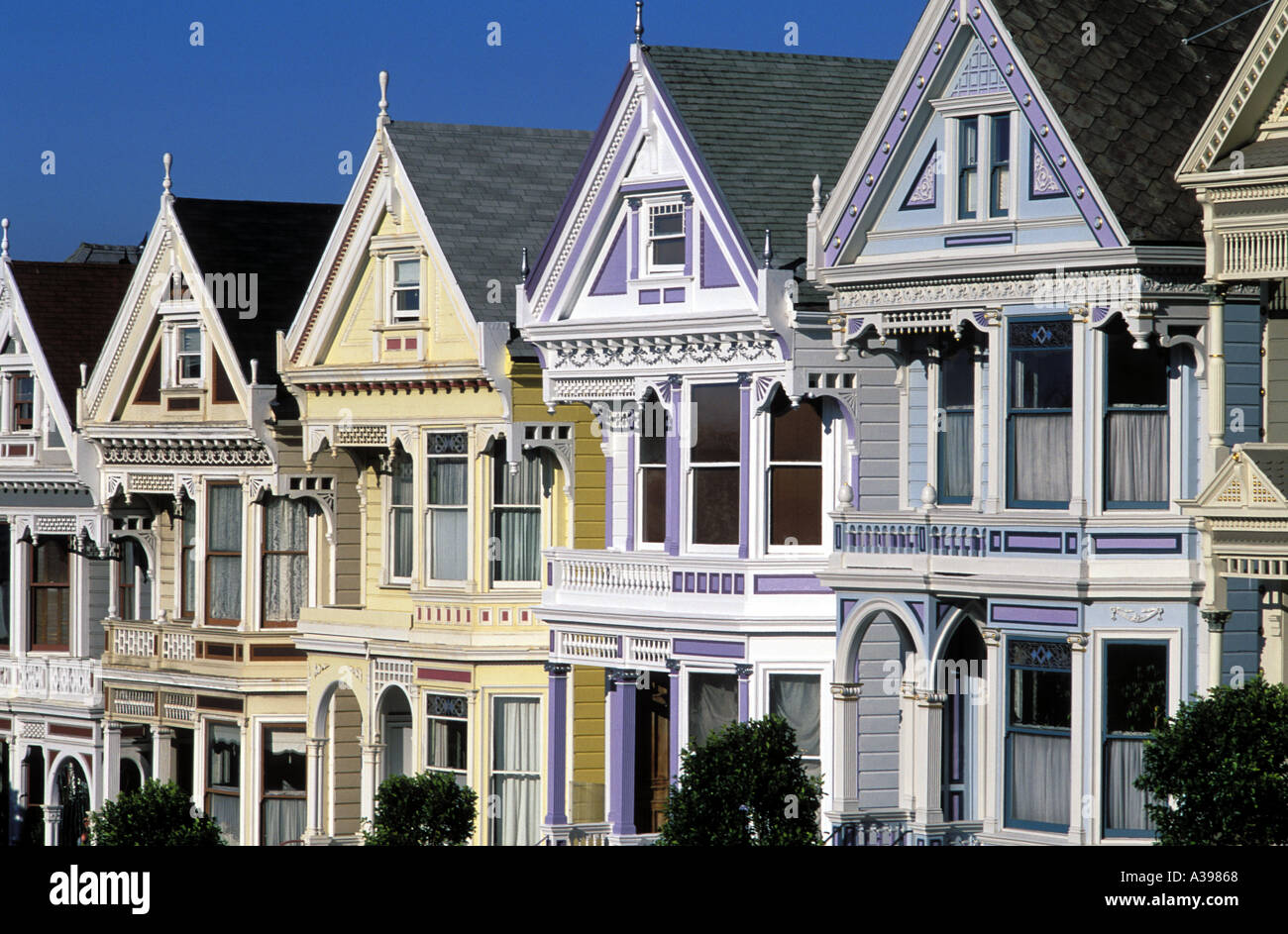 Usa san francisco row of victorian houses on steiner for San francisco victorian houses
