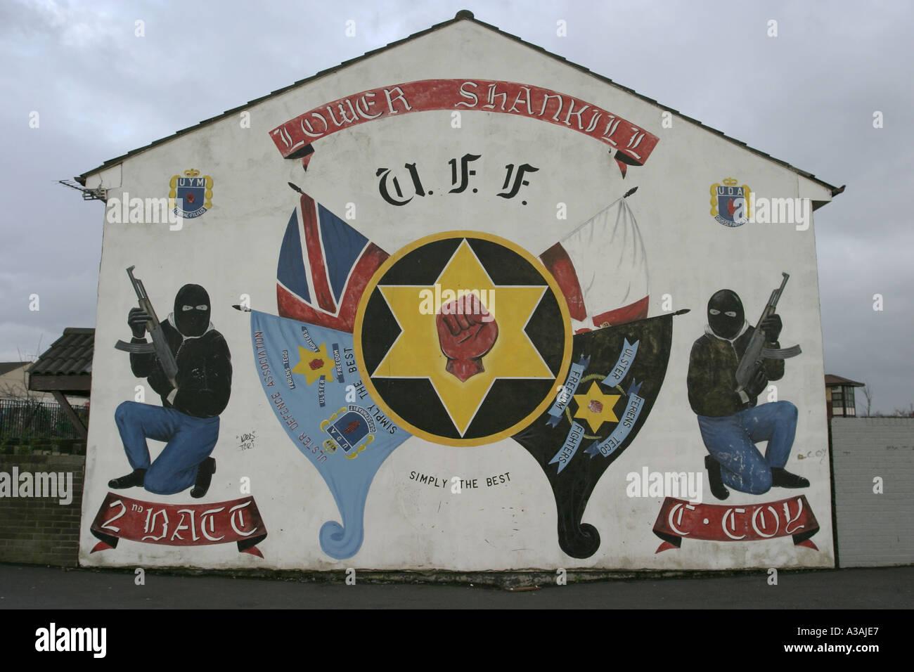 Loyalist uff terrorist wall mural shankill road belfast for Mural northern ireland
