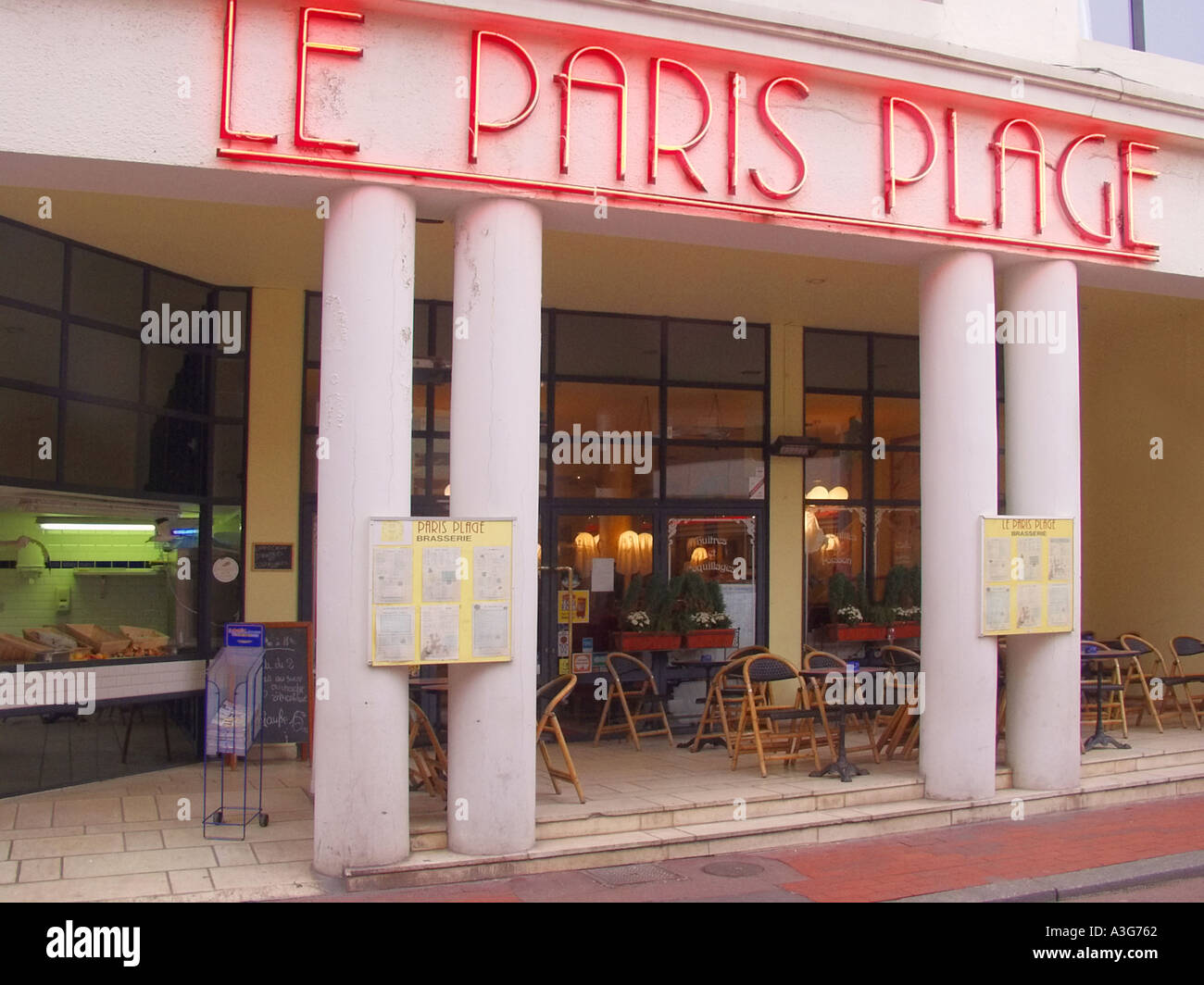 france nord pas de calais le touquet le paris plage restaurant stock photo royalty free image. Black Bedroom Furniture Sets. Home Design Ideas