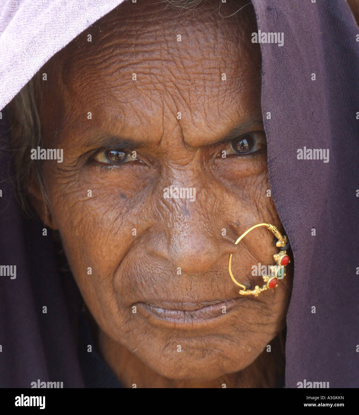 close-up-of-an-old-woman-of-devpura-trib