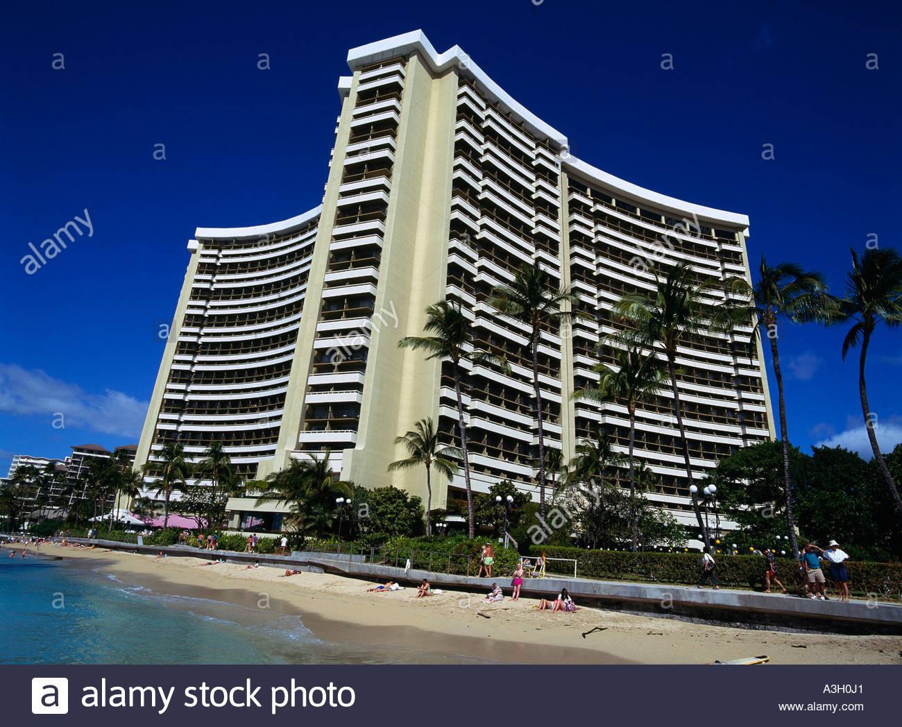 sheraton waikiki hotel oahu hawaii sky clouds sea wave. Black Bedroom Furniture Sets. Home Design Ideas