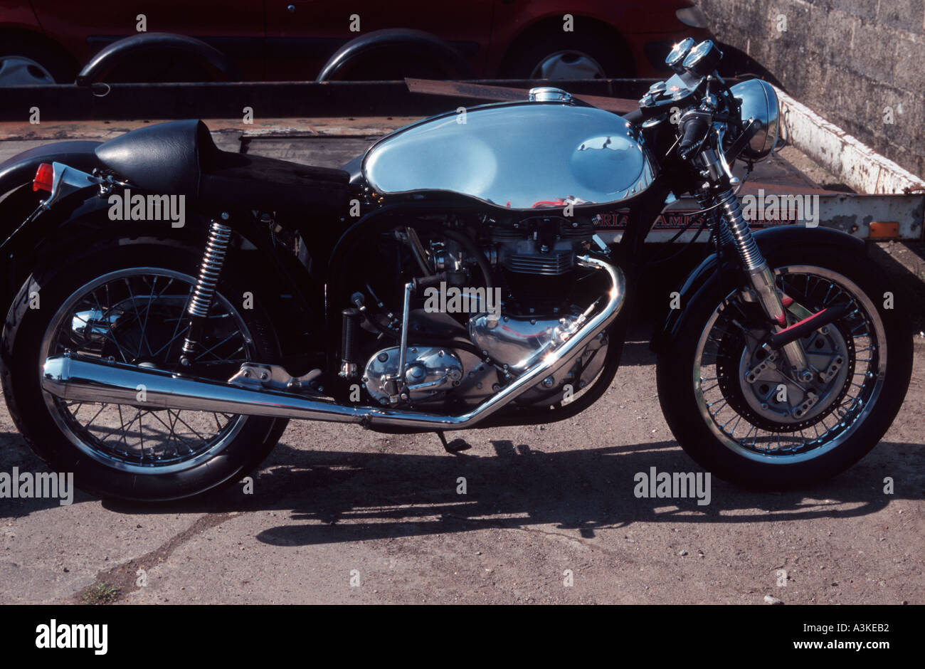 Chrome Cafe Racer : Sixties s triton cafe racer motorcycle triumph engine