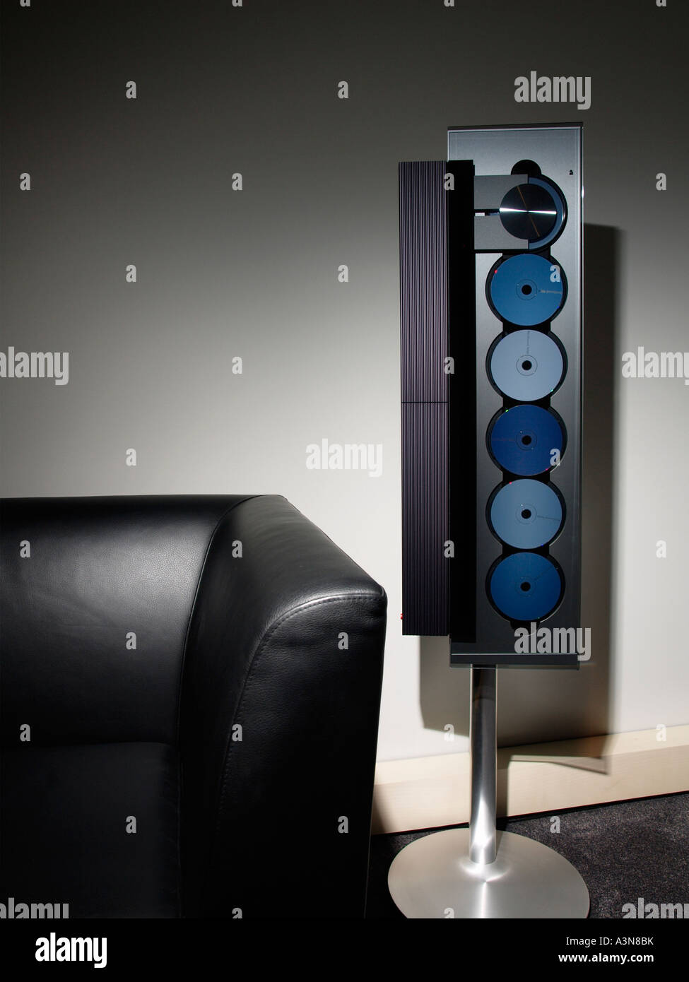 Bang And Olufsen Beosound 9000 Cd Changer In Vertical