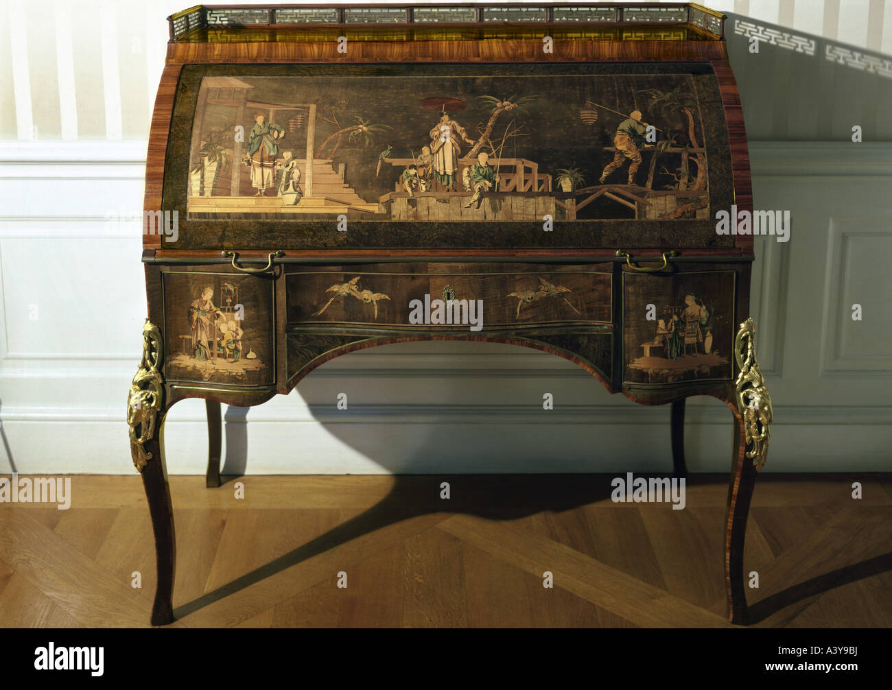 Good Stock Photo   Fine Arts, Furniture, Davenport, By Abraham Roentgen (1711    1793), Neuwied, Circa 1770, Wood, Nut, Veneered, Brass, Gilded, Res