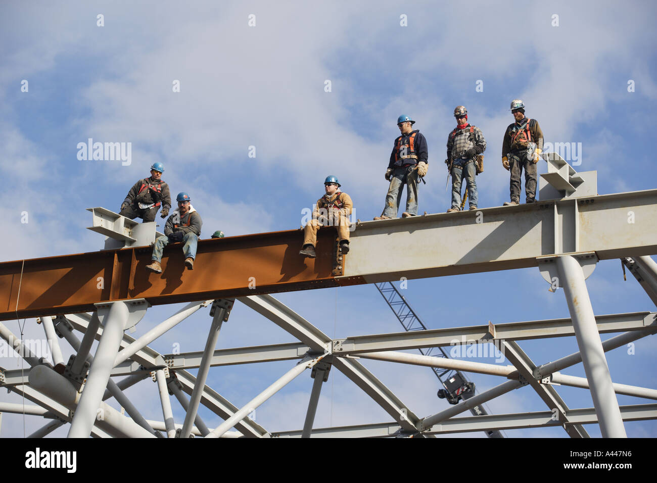 Lunch atop a Skyscraper - Wikipedia Ironworkers on beam photo