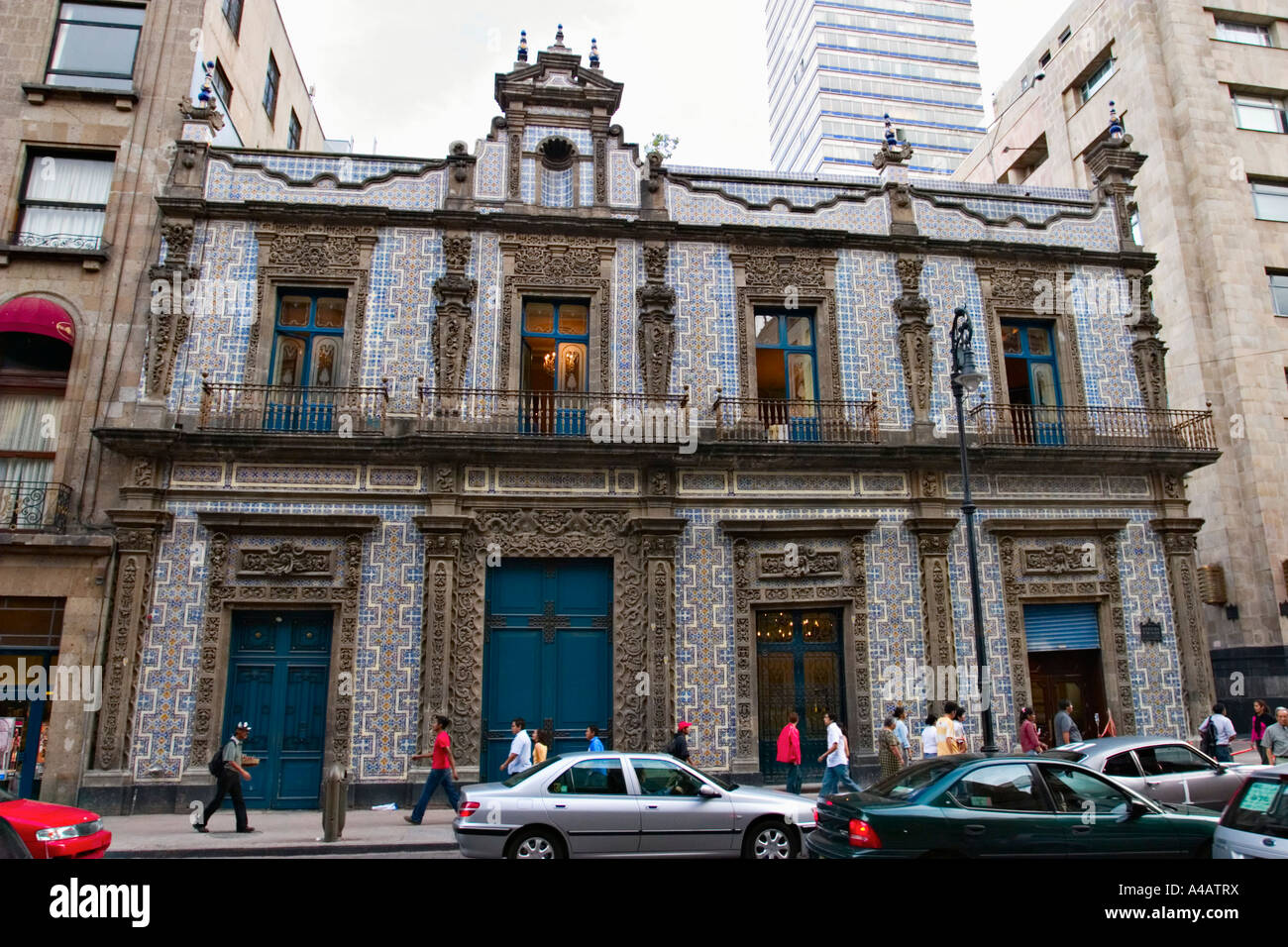 Casa de los azulejos mexico city mexico stock photo for Los azulejos