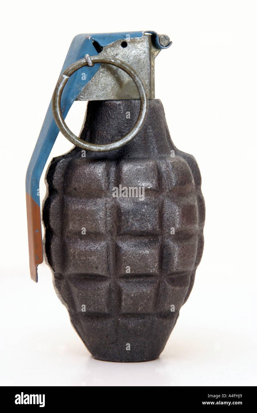 how to make a ww2 grenade