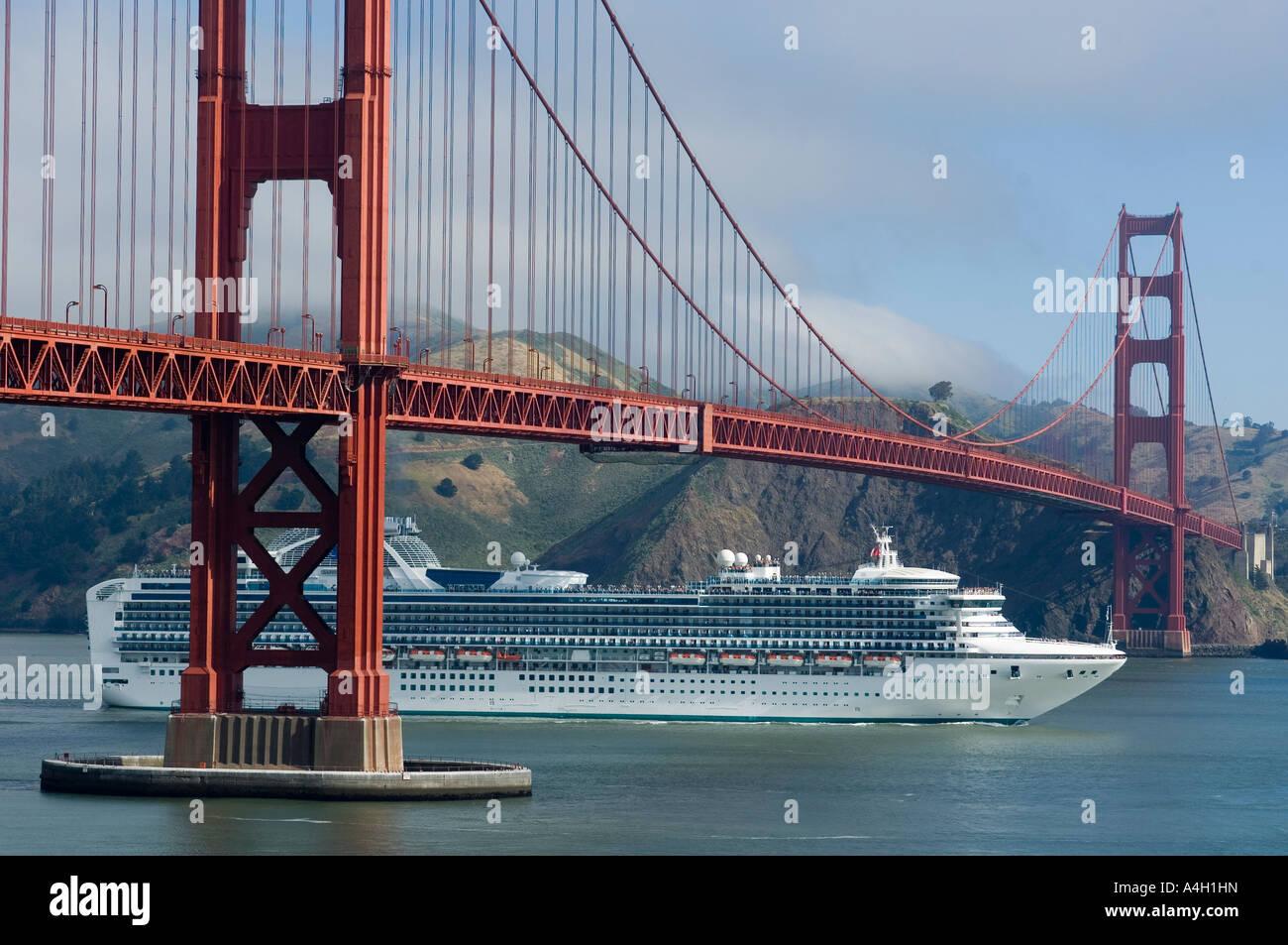 Golden Gate Bridge Cruise Ship Sapphire Princess San Francisco - Cruise ships from san francisco
